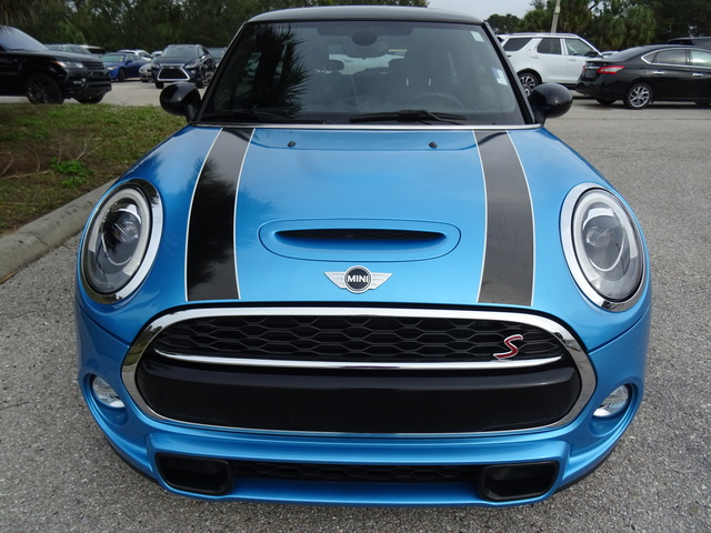 Pre-Owned 2016 MINI Hardtop 2 Door S